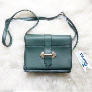 NWT Cruise Club green purse.